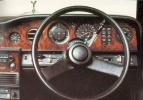 http://www.automobilia.ee/sites/default/files/imagecache/galerii_original/Naine_RR_seest_Lo.JPG